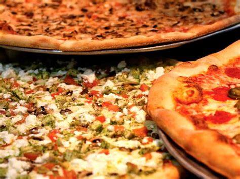 pizza cuisine az slice 39 s pizza restaurant desert ridge menu