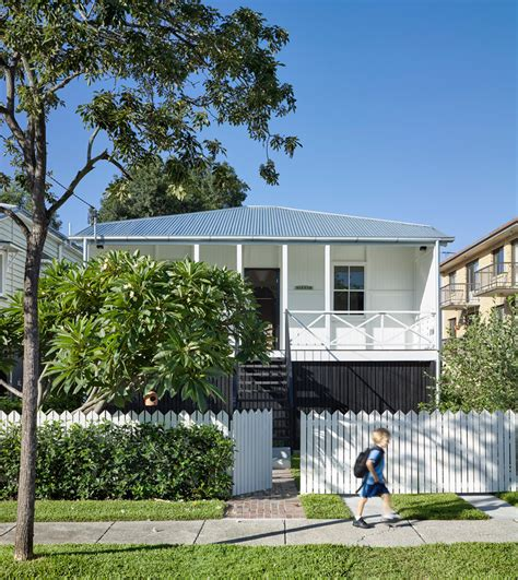 Queensland Bungalow Updated With Contemporary Interior And