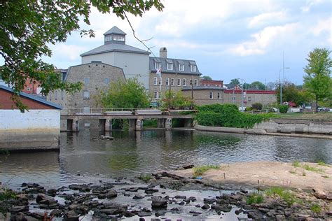rideau town and country smiths falls