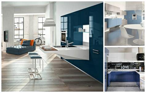 cuisine bleue cuisine bleue décoration moderne avec des touches en bleu