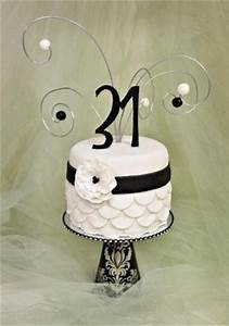 Sweet Elegance: Retro Black and White Birthday Cake