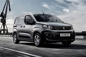 Van Peugeot : all new 2018 peugeot partner takes a bow auto express ~ Melissatoandfro.com Idées de Décoration