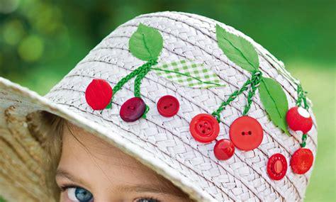 un chapeau d 233 cor 233 de cerises