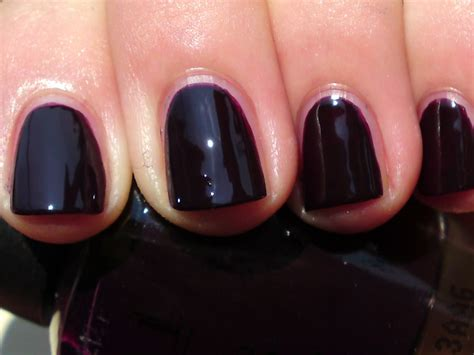 Opi Lincoln Park After Dark Review