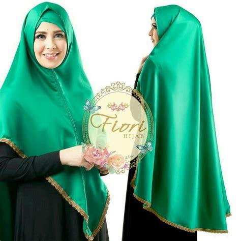 hijab hijau botol gambar islami