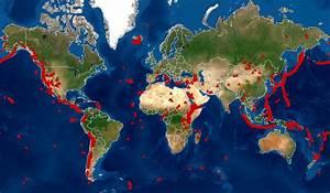 Volcanoes World Map