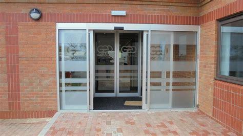 Sliding Entrance Doors by Automatic Sliding Doors Opening Doors For You Erreka