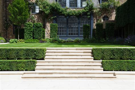 hedge flanked steps randle siddeley