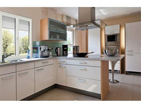 store fenetre cuisine store intégré à la fenêtre pvc store storistesdefrance maison cuisine interieur