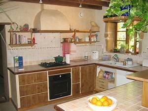construire sa cuisine en bois du bton cellulaire With faire soi meme sa cuisine