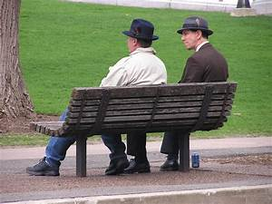 People Sitting On A Bench | www.pixshark.com - Images ...