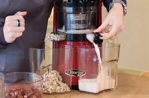 Appareil Pour Jus De Fruit : faire des laits v g taux avec un extracteur de jus le blog de nature et vitalit ~ Nature-et-papiers.com Idées de Décoration