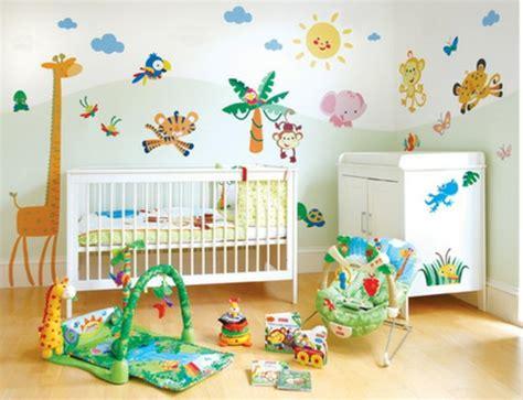 chambre bébé animaux quelle décoration chambre bébé créez un intérieur magique
