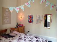 how to decorate your room The twenty best ways to decorate your student room at uni ...