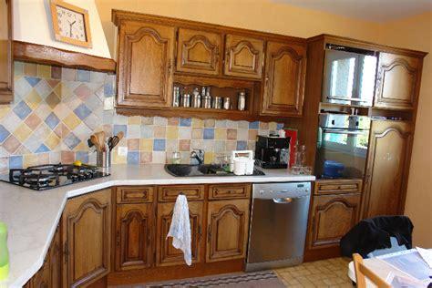 renovation cuisine ancienne armoire designe armoire ancienne chene clair dernier