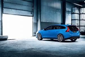 Volvo V60 Oversta Edition : 2015 volvo v60 polestar limited edition 7 egmcartech ~ Gottalentnigeria.com Avis de Voitures