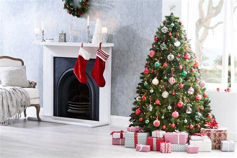 christmas images  pinterest christmas themes