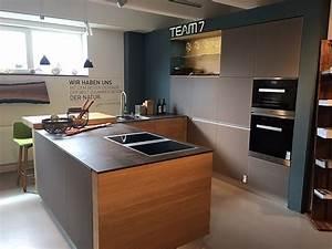 Team 7 Küche Abverkauf : team 7 musterk che massivholz design k che mit theke ~ Buech-reservation.com Haus und Dekorationen