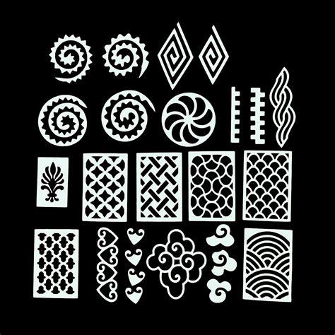 amazoncom pueen vinyl nail stencil set