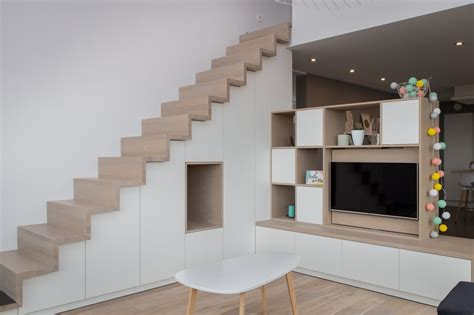 creation dun escalier avec rangements  dun meuble de
