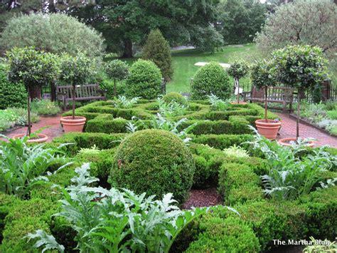 medicinal herb garden design photograph herb garde