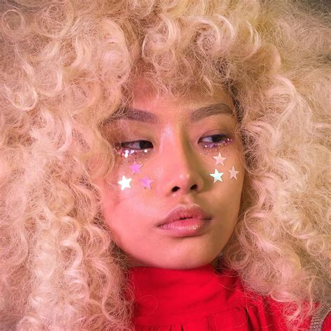 httpspinksweettumblrcompostcyberglittter cute makeup editorial makeup