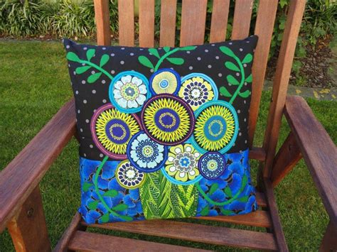 felt applique patterns wendy s quilts and more wool felt applique cushions