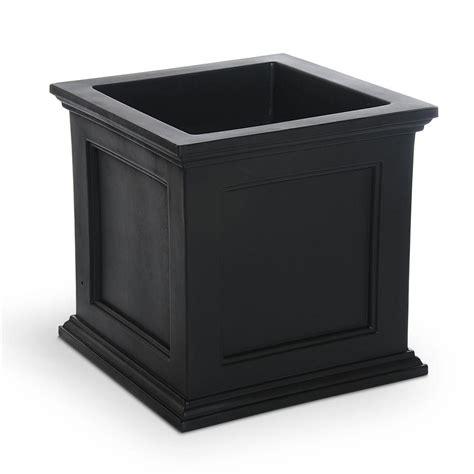 mayne fairfield   square black plastic planter