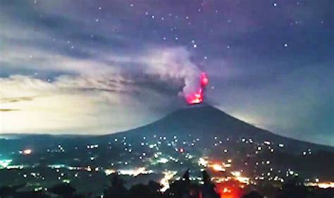 Bali News Bali Volcano News Mount Agung Time Lapse Eruption To