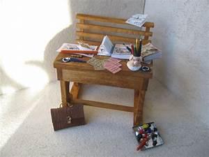 miniature meuble ecole vitrine maison de poupee With meuble vitrine