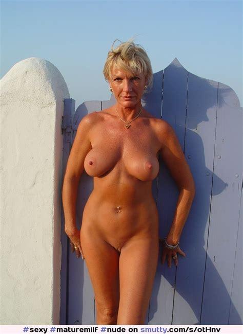 Milfs Moms And Older Women SBM Maturemilf Nude