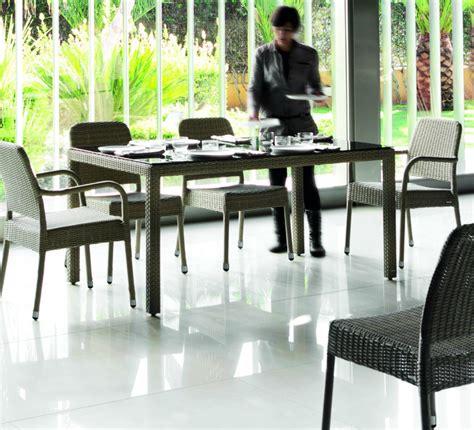 table et chaise de jardin en resine tressee table jardin resine tressee 28 images table de jardin