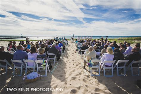 harbor lights resort on lake michigan read about a real outdoor northern michigan wedding
