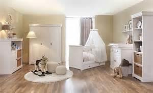 babyzimmer weiß babyzimmer möbel höffner