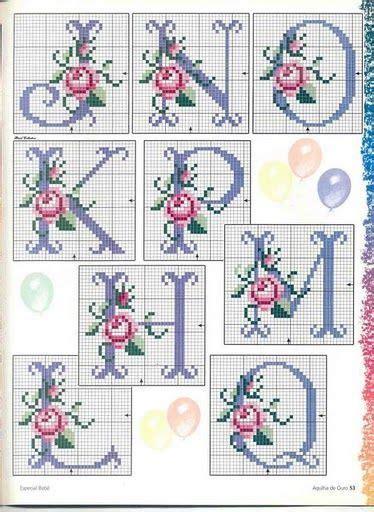 monogramy haft krzyzykowy  wzorow caly alfabet cross stitch fonts cross stitch alphabet