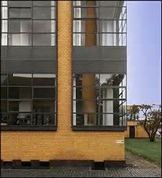 Le Corbusier Werke : 1000 images about bauhaus architecture on pinterest le corbusier walter gropius and bauhaus ~ A.2002-acura-tl-radio.info Haus und Dekorationen