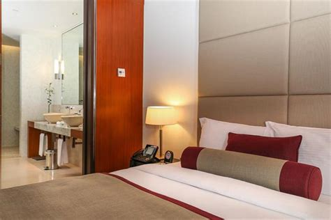 oryx airport hotel transit  doha compare deals