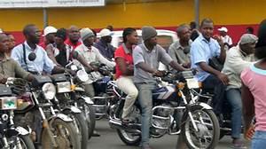 Moto De Ville : cameroun cameroun transports tol rance z ro pour les motos taxi dans la ville de douala ~ Maxctalentgroup.com Avis de Voitures