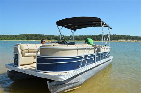 Rend Lake Pontoon Boat Rental by Boat Rentals Lake Texoma