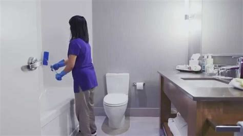 room attendants cleaning bathrooms    youtube