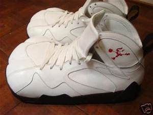 Air Jordan VII 7 - 'Hare Jordan - Bugs Bunny' YOTR?