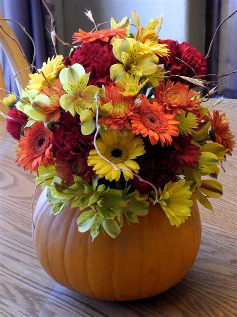 fall arrangements with pumpkins the flower girl blog fall flowers and a pumpkin