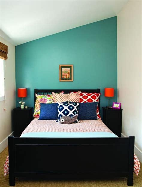 Desain Kamar Tidur Dengan Lemari Dinding