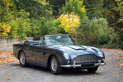 aston martin db convertible   gold voiture