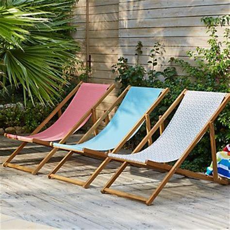 chaises longues de piscine les 25 meilleures idées concernant transat chaise longue