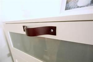 Poignée Meuble Cuir : poign es en cuir sur meuble ikea brimnes ~ Teatrodelosmanantiales.com Idées de Décoration