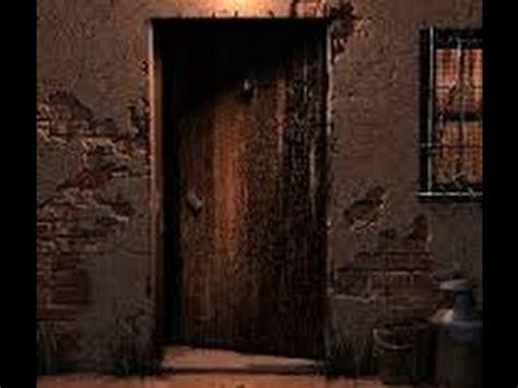 squeaky door sound door sound effect creaking door