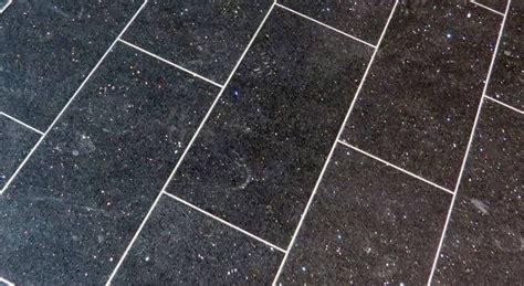 posa delle piastrelle posa delle piastrelle dritte o in diagonale come procedere