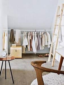 Zimmer Mit Schrägen : ber ideen zu dachgeschoss schlafzimmer auf ~ Lizthompson.info Haus und Dekorationen