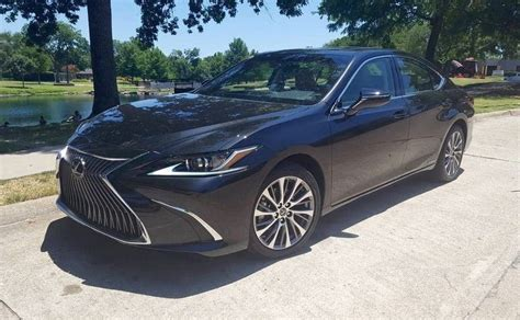 Redesigned 2019 Lexus Es 300h Sports New Styling, Better